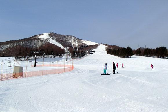 奥中山高原スキー場全景