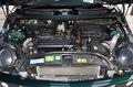 BMW MINI COOPERのエンジンルーム