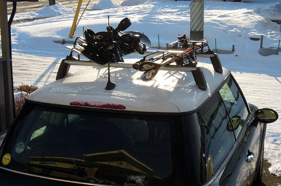BMW MINIと純正スキーキャリア