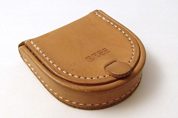 BREEの革財布