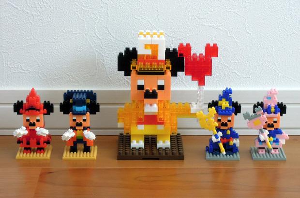 ディズニーのナノブロックとダイヤブロック