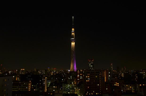 東武ホテルレバント東京から見たライトアップされた東京スカイツリー