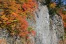 玄武洞と紅葉